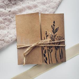 Kartka Eco z kwiatami polnymi minimalistyczna 4