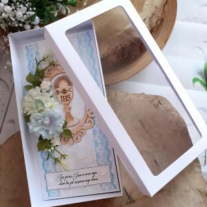 Kartka na komunię świętą w pudełku 13