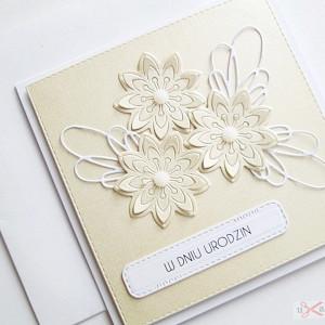 Kartka na urodziny kremowa
