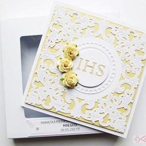 Kartka Pamiątka I Komunii koronkowa - żółta