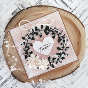 Kartka Ślubna z papierowym wiankiem