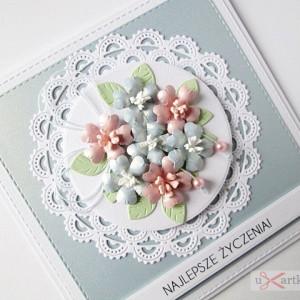 Kartka UNIWERSALNA z pastelowymi kwiatami
