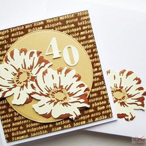 Kartka Urodzinowa - miedziano-kremowe kwiaty