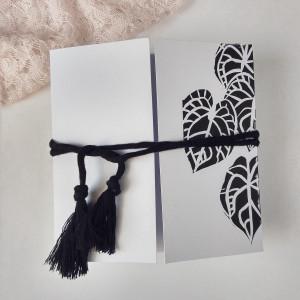 Kartka z chwostem minimalistyczna Kwiaty dom