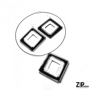 Kkomplet biżuterii biało-czarne kwadraty