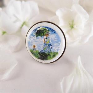 Kobieta z parasolką Claude Monet,  pierścionek