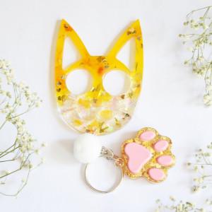 Koci brelok do samoobrony - żółta flora