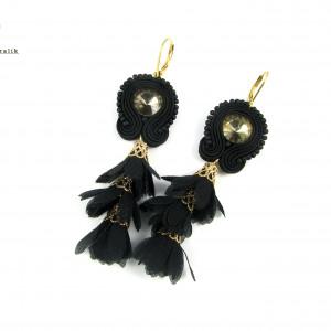Kolczyki sutasz czarne z kwiatkami