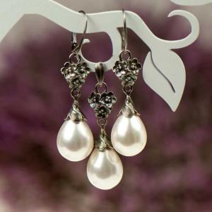 Komplet srebrny Elza z bialymi perlami a797