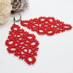 koronkowe kolczyki z czerwonych koralików - matowe
