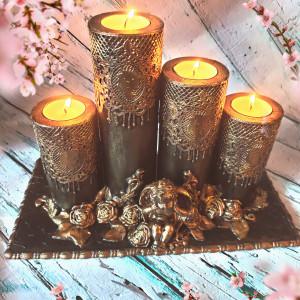 KORONKOWY zestaw świecznikow w czerni i złocie