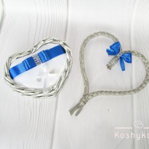 Koszyk na obrączki ślubne serce szary/biały/chaber