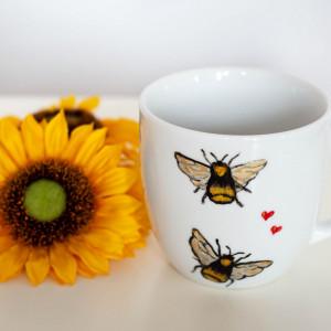 Kubek - zakochane pszczoły