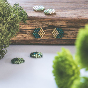 Kubiki - szmaragd i złoto
