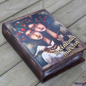 Kufer w kształcie książki, motyw anioła, prezent