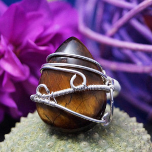 Kwarc, srebrny pierścionek z tygrysim okiem