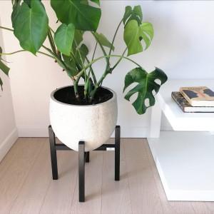 kwietnik stojak na kwiaty czarny  z drewna 35