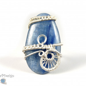 Kyanit, Srebrny pierścionek z kyanitem regulowany