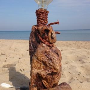 Lampa z drewna z morza nr 7 - Pionowy głaz