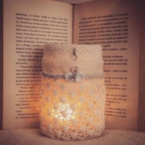 Lampion w kolorze ecru