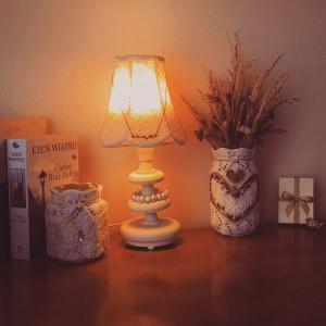 Lampionik z polnymi kwiatkami