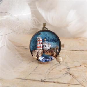Latarnia morska nad urwiskiem, miniatura