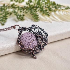 Lava purple- naszyjnik z lawą wulkaniczną