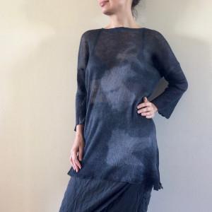 Lniany czarny sweter z kapką grafitu