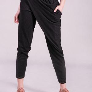 Luźne spodnie damskie z zakładką