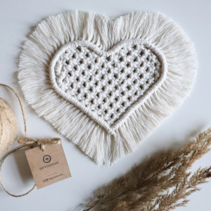 Makramowa podkładka serce - mniejsza