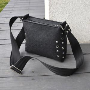 Mała torebka filcowa - czarna