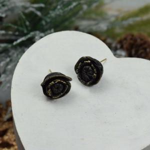 Małe, eleganckie kolczyki czarne kwiaty