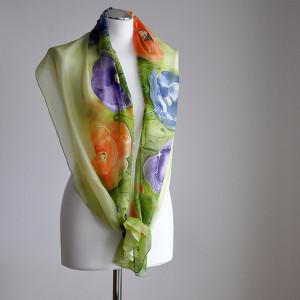 Malowany jedwabny szal - kolorowe maki