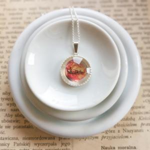 Mars, Ręcznie malowany naszyjnik, miniatura
