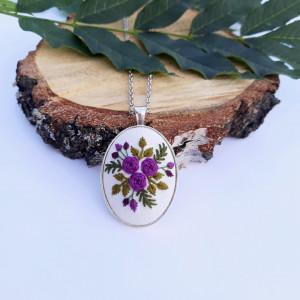 Medalion z motywem roślinnym VIII