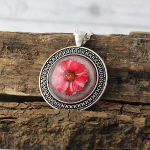 Medalion Z Prawdziwym Kwiatem Czerwony