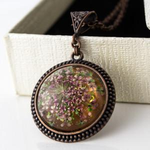 Medalion z Prawdziwym Kwiatem Vintage