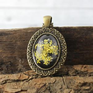 Medalion z prawdziwym kwiatem żółty Antique Me
