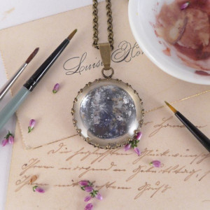 Merkury, Ręcznie malowany naszyjnik, miniatura