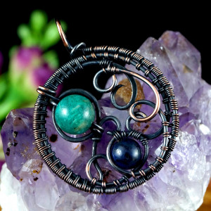 Miedziany wisior z lapis lazuli i amazonitem