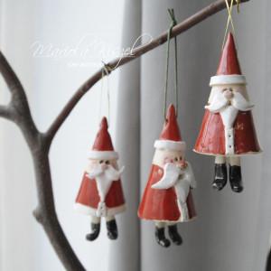Mikołaj machający nóżkami :) ozdoba świąteczna