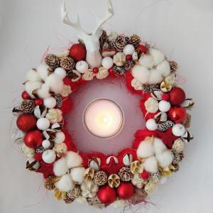 Mikołaj- wianek świąteczny