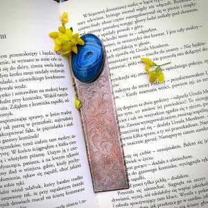 Misternie Zdobiona Zakładka z Niebieskim Agatem