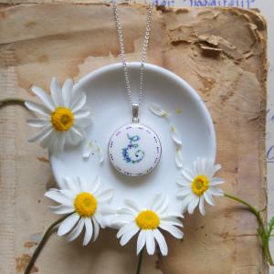 Monogram E, Porcelana ręcznie malowana, srebro