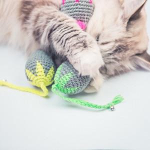 Mysz z kocimiętką Flower Power dla kota zieleń