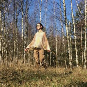 Narzutka lniana z brzozowego lasu