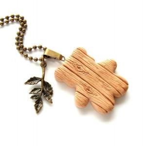 Naszyjnik drewniany miś