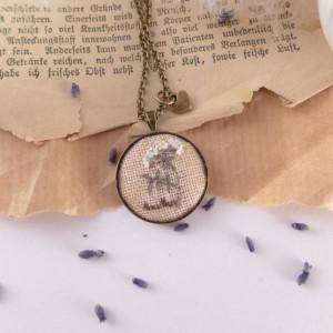 Naszyjnik haftowany Herbs, Koper