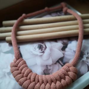 Naszyjnik pleciony makrama ze sznurka boho