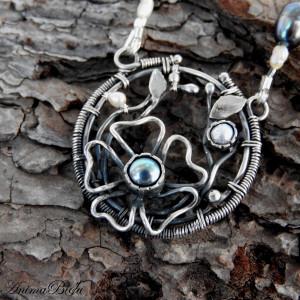 Naszyjnik srebrny z perłami
